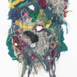 Goblin-Mask, mixed fibres & found objects